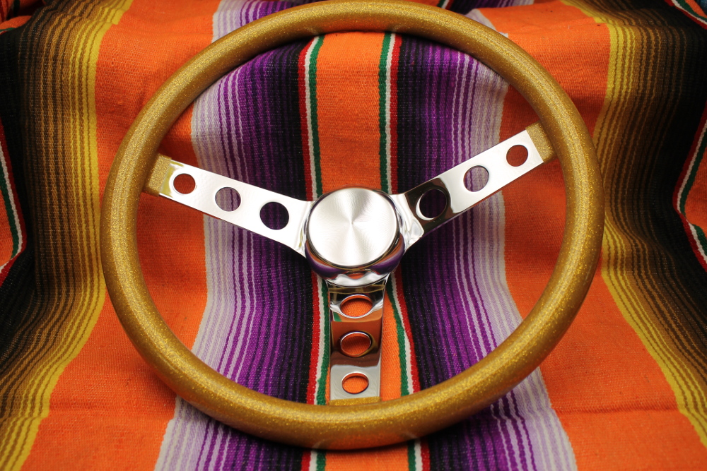 Mooneyes California Metalflake 13in 3 Hole Steering Wheel Gold