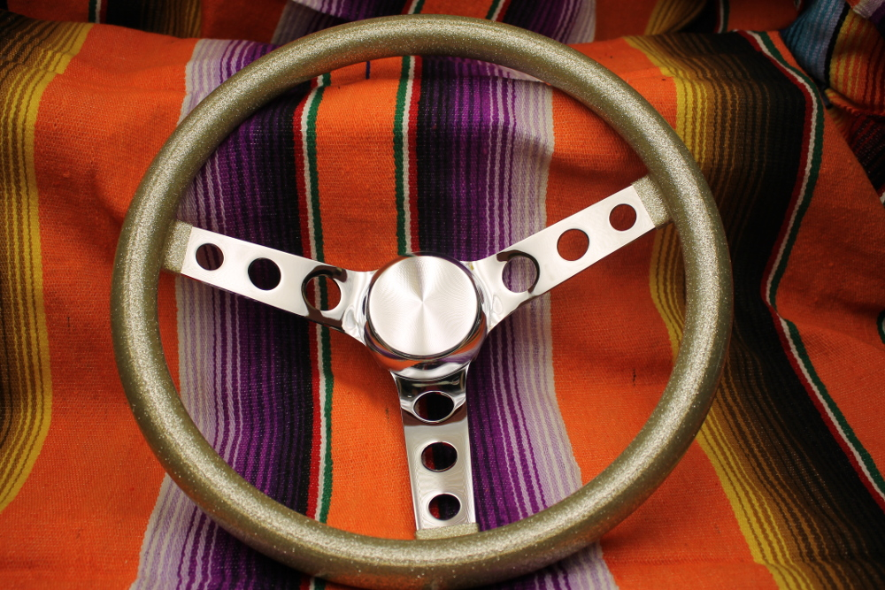Mooneyes California Metalflake 13in 3 Hole Steering Wheel Silver